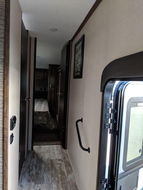2020 Kz Durango Half Ton D256RKT Mandan, North Dakota 13
