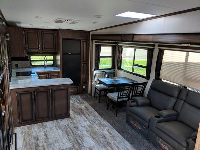 2020 Kz Durango Half Ton D256RKT Mandan, North Dakota 4