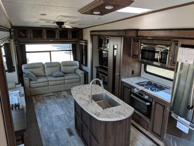 2020 Kz Durango D333RLT Mandan, North Dakota 5