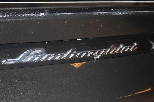 2020 Lamborghini Urus Houston, Texas 19
