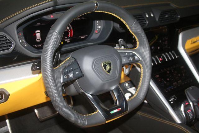 2020 Lamborghini Urus Houston, Texas 27