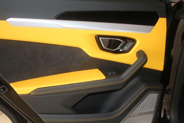 2020 Lamborghini Urus Houston, Texas 30