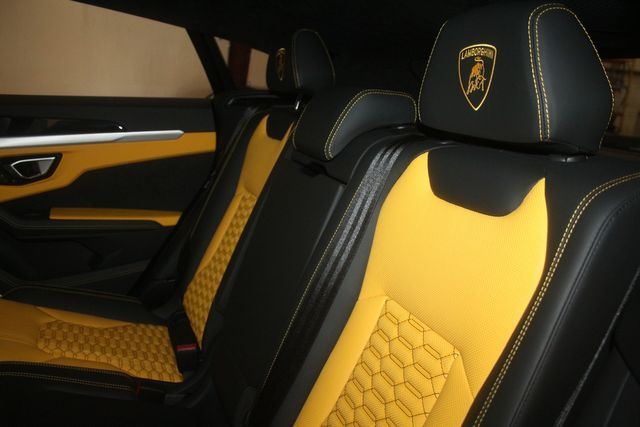 2020 Lamborghini Urus Houston, Texas 33