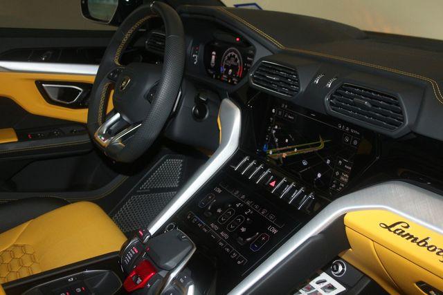 2020 Lamborghini Urus Houston, Texas 40
