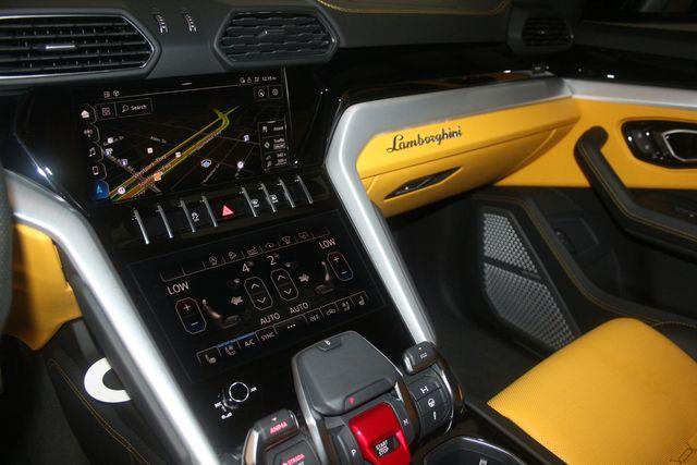 2020 Lamborghini Urus Houston, Texas 48
