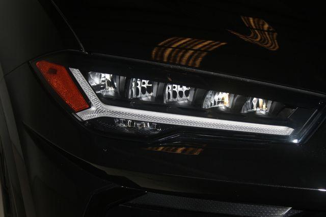 2020 Lamborghini Urus Houston, Texas 7