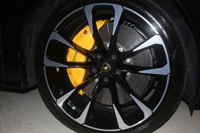 2020 Lamborghini Urus Houston, Texas 9