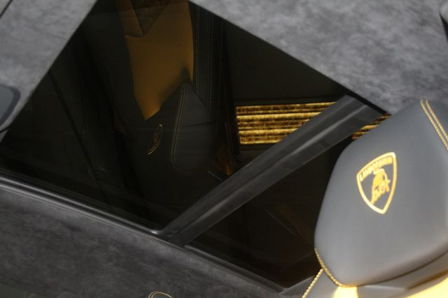 2020 Lamborghini Urus Houston, Texas 64