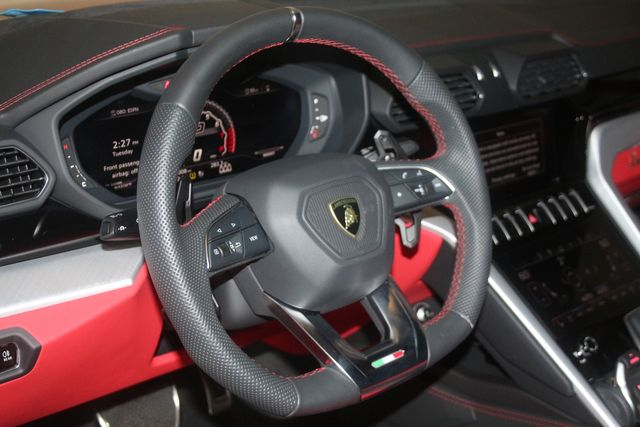 2020 Lamborghini Urus Houston, Texas 23