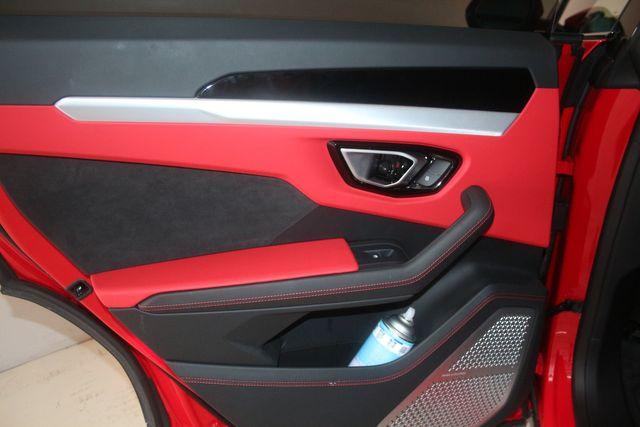 2020 Lamborghini Urus Houston, Texas 25