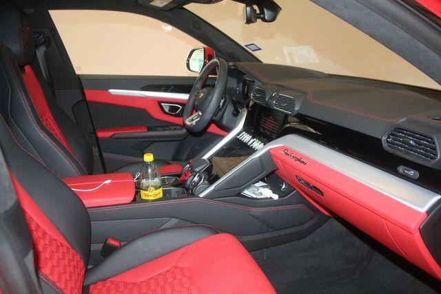 2020 Lamborghini Urus Houston, Texas 32