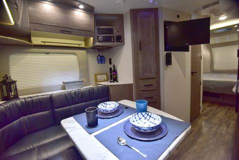 2075 Lance 2020 Travel Trailer   in Livermore, California