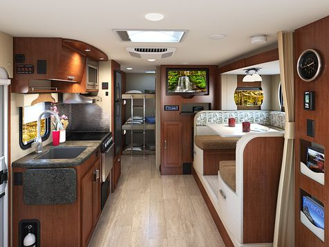 2185 Lance 2020 Travel Trailer  in Livermore, California