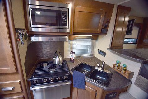 850 Lance 2020 Truck Camper, LOADED, solar, rear camera  in Livermore, California