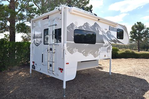 850 Lance 2020 Truck Camper, LOADED, solar, rear camera  in Livermore, California