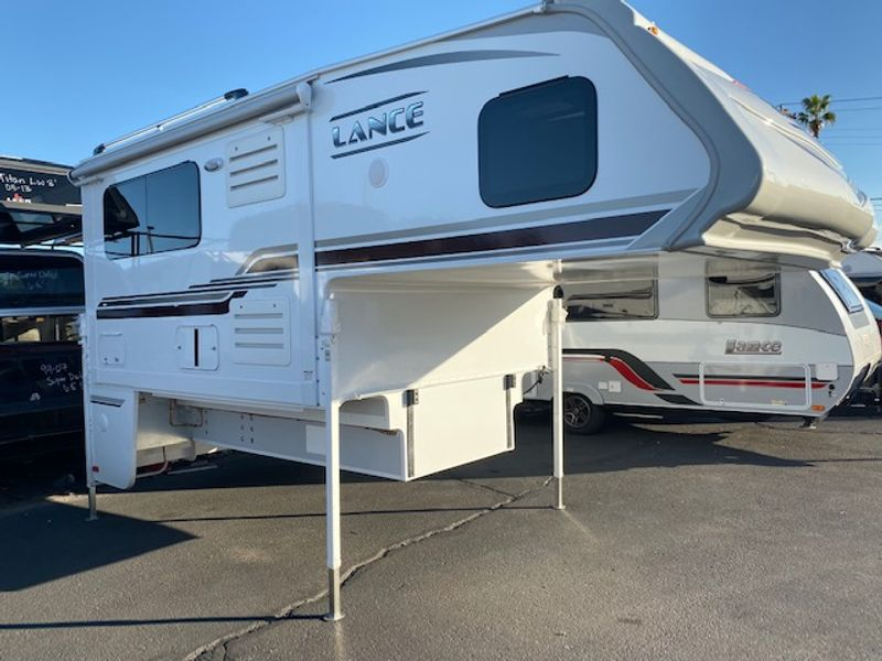 2020 Lance 995  in Mesa, AZ