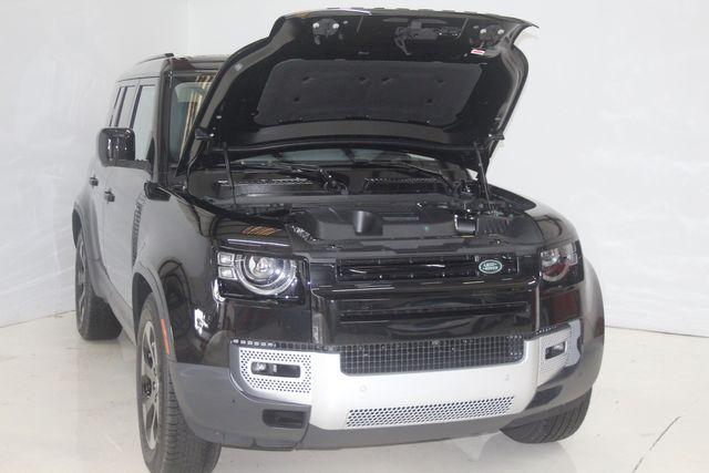 2020 Land Rover Defender HSE 110 Houston, Texas 12