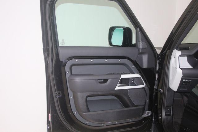 2020 Land Rover Defender HSE 110 Houston, Texas 23