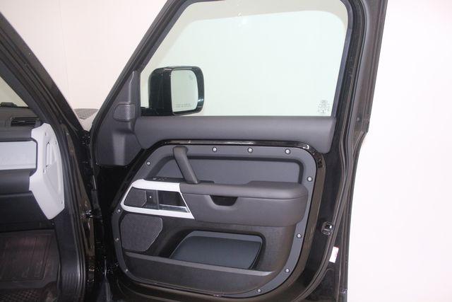 2020 Land Rover Defender HSE 110 Houston, Texas 33