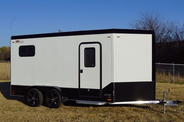 2020 Legend 7'X17' Deluxe V-Nose