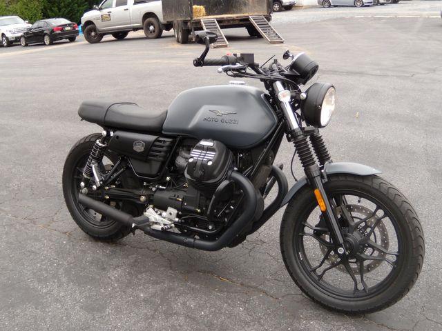 2020 Moto Guzzi V7III STONE