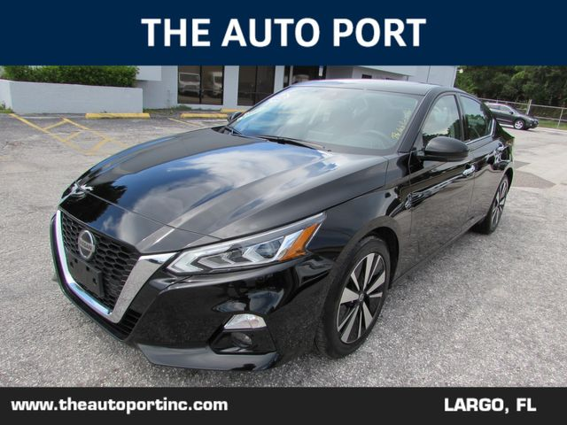 2020 Nissan Altima 2.5 SL W/NAVI in Largo, Florida 33773