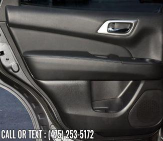 2020 Nissan Pathfinder Platinum Waterbury, Connecticut 28