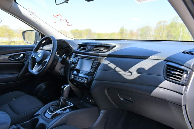 2020 Nissan Rogue SV Naugatuck, Connecticut 11