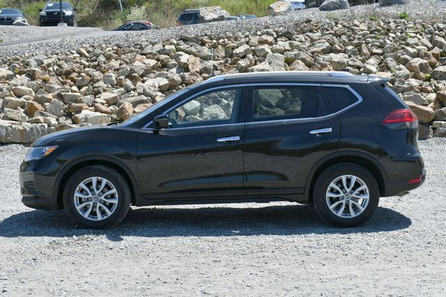 2020 Nissan Rogue SV Naugatuck, Connecticut 3