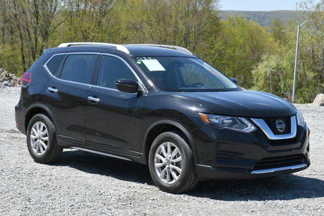 2020 Nissan Rogue SV Naugatuck, Connecticut 8