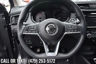 2020 Nissan Rogue Sport SV Waterbury, Connecticut 24