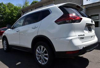 2020 Nissan Rogue SV Waterbury, Connecticut 3