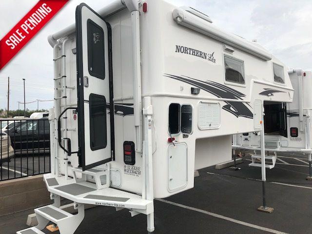 2020 Northern Lite 8.11   in Surprise-Mesa-Phoenix AZ