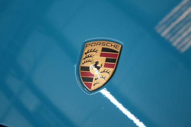2020 Porsche 718 Cayman GT4 Houston, Texas 9