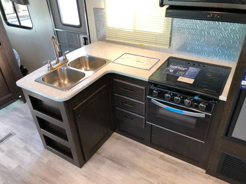 2020 Prowler 320BH   in Avondale, AZ