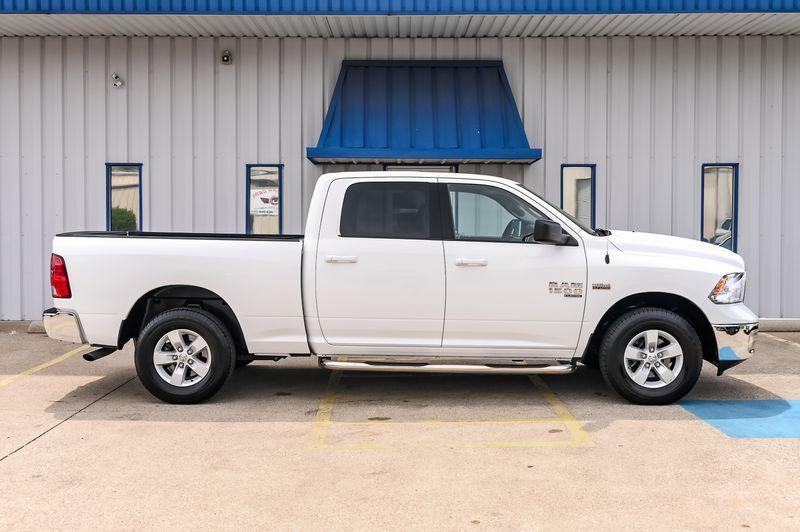2020 Ram 1500 Classic 5.7L HEMI V8 SLT 4X4 CREW CAB, NICE TRUCK!!  in Rowlett, Texas