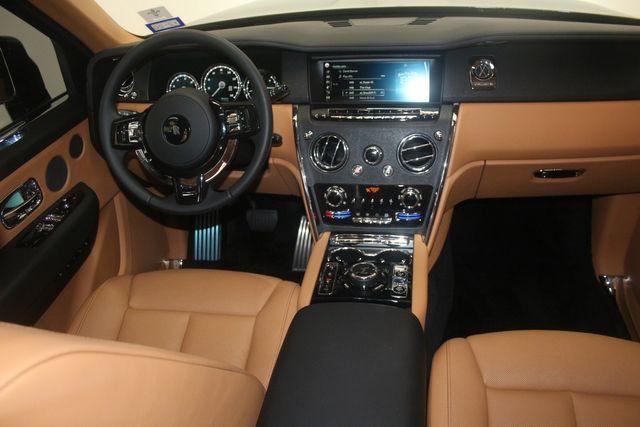 2020 Rolls-Royce Cullinan Houston, Texas 25
