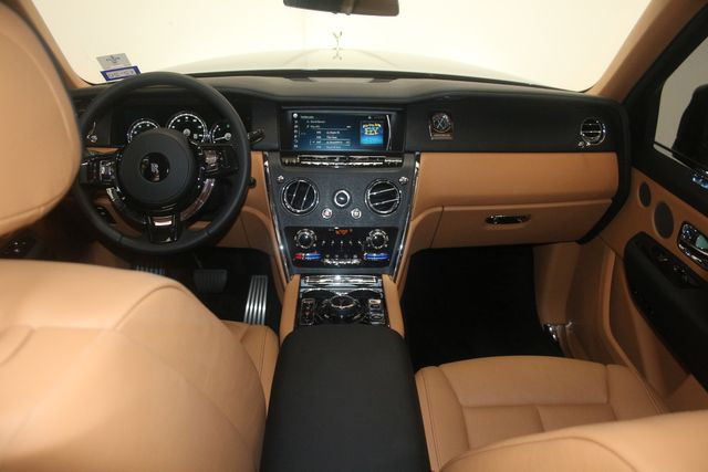 2020 Rolls-Royce Cullinan Houston, Texas 26