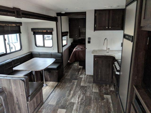 2020 Starcraft Mossy Oak Ultra Lite 281BH Mandan, North Dakota 4