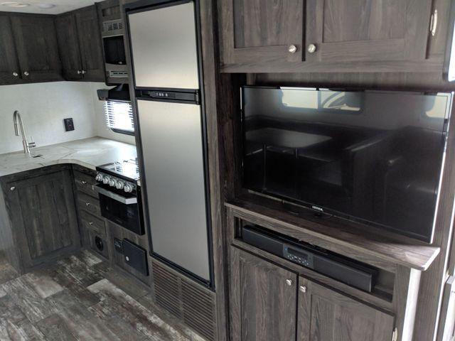 2020 Starcraft Mossy Oak Ultra Lite 281BH Mandan, North Dakota 7