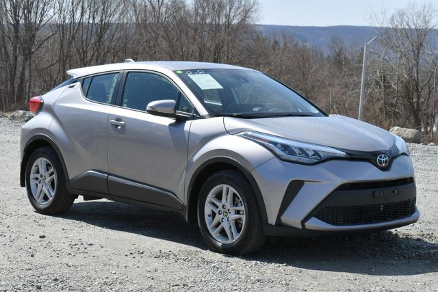 2020 Toyota C-HR LE Naugatuck, Connecticut 8