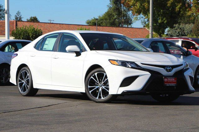 2020 Toyota Camry SE in Bullhead City, AZ 86442-6452