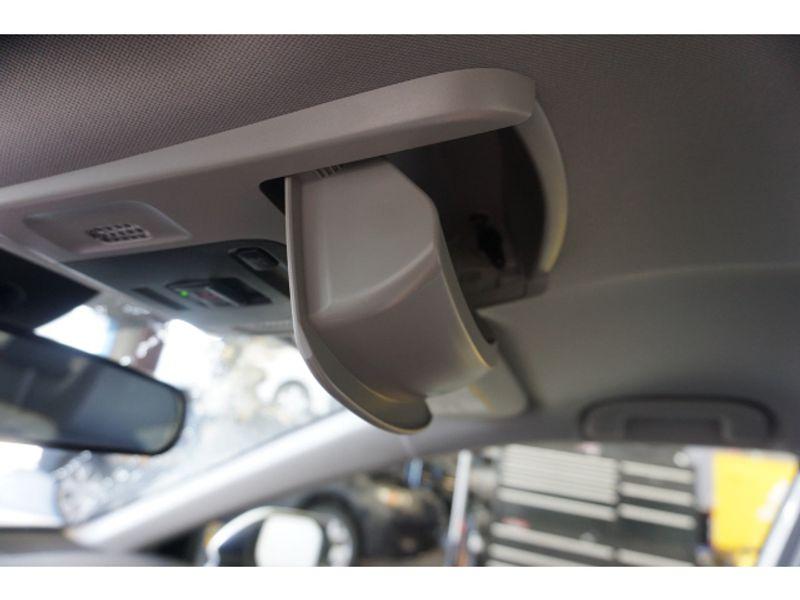 2020 Toyota Camry SE  city Texas  Vista Cars and Trucks  in Houston, Texas