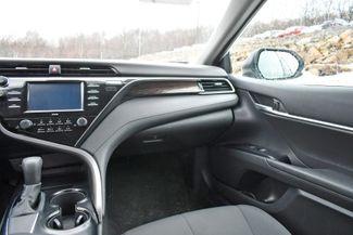 2020 Toyota Camry LE Naugatuck, Connecticut 19