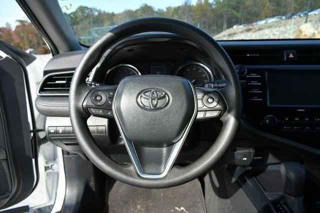 2020 Toyota Camry LE Naugatuck, Connecticut 20