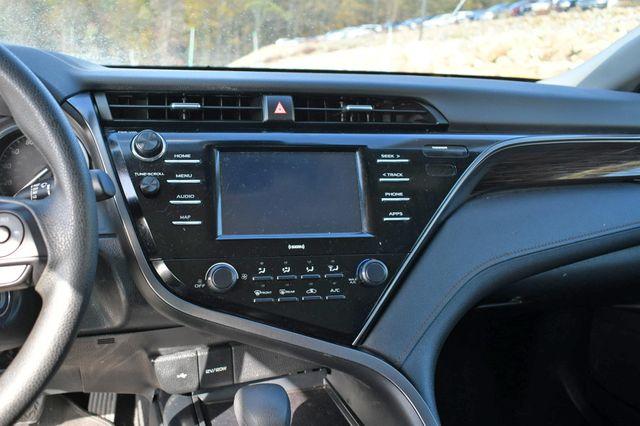 2020 Toyota Camry LE Naugatuck, Connecticut 21