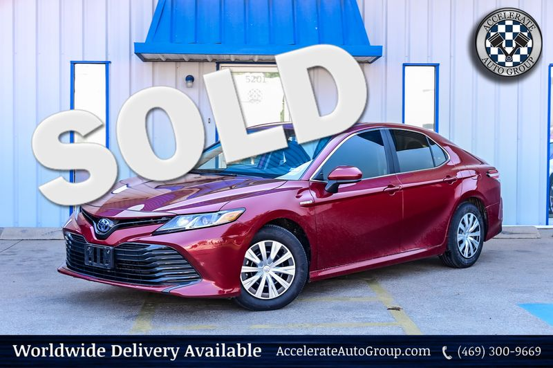 2020 Toyota Camry 2.5L 4-CYLINDER HYBRID LE/ FWD/ SAFETY PKG/ CLEAN! in Rowlett Texas