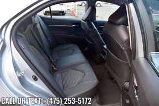 2020 Toyota Camry SE Auto Waterbury, Connecticut 12