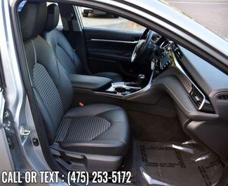 2020 Toyota Camry SE Auto Waterbury, Connecticut 13