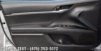 2020 Toyota Camry SE Auto Waterbury, Connecticut 14